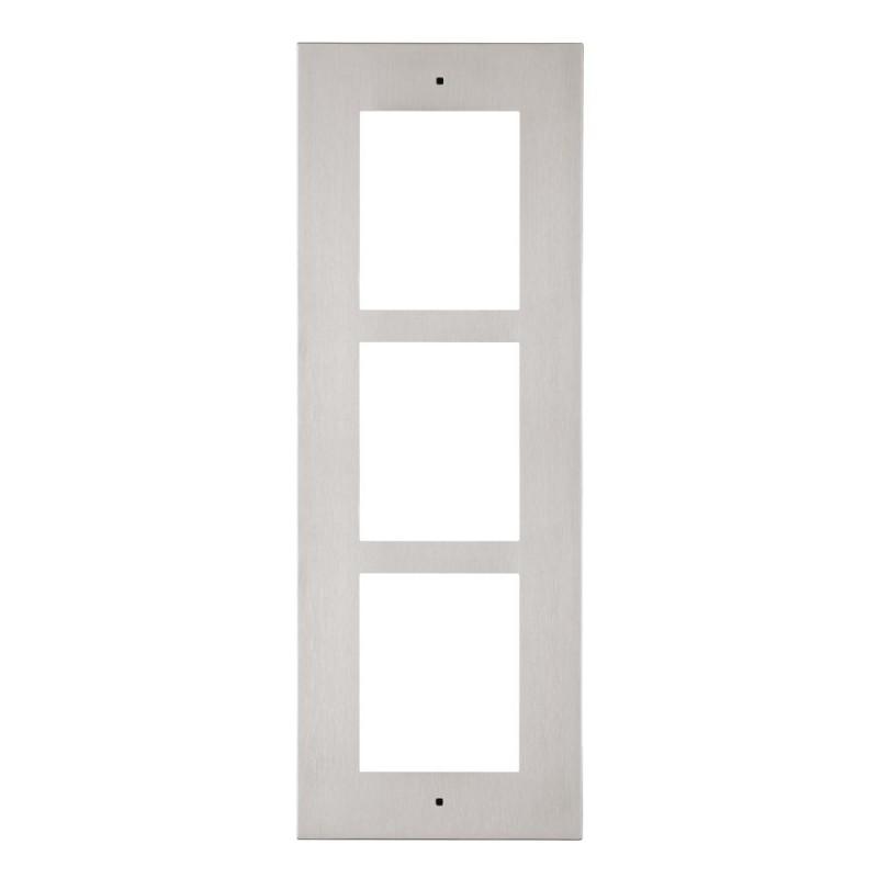 2N® Cadre pour installation encastrée 3 modules 9155013